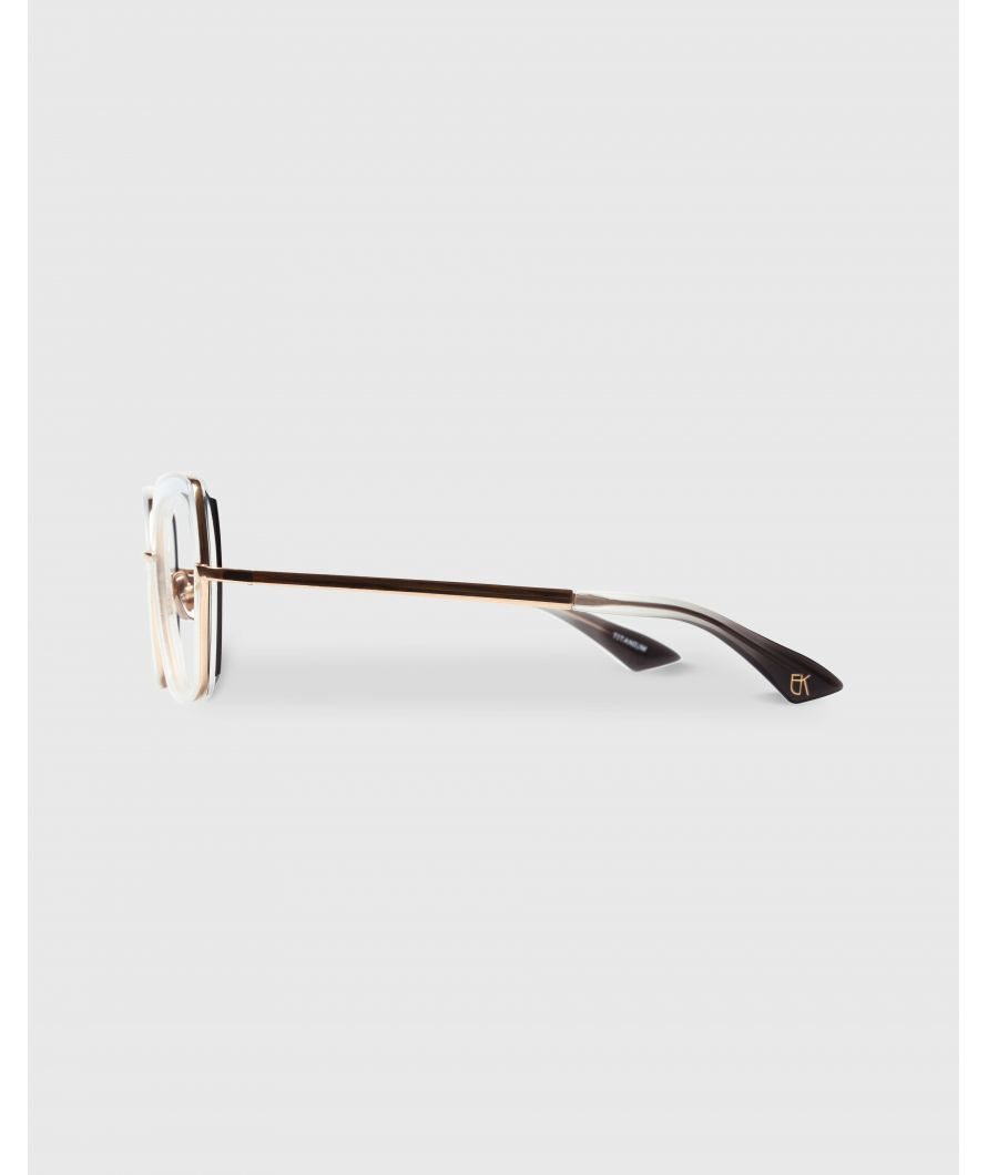 Cateye sunglasses in acetate and titanium